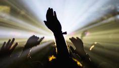 Electronic Beats Festival - wir verlosen Tickets - http://www.musikblog.com/2015/04/electronic-beats-festival-wir-verlosen-tickets/ #BrokenLuxury #DavidAugust #DjangoDjango #Howling #RóisínMurphy