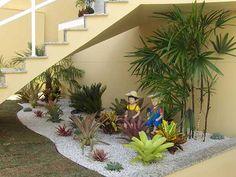 Como Fazer Jardim Embaixo da Escada (DECORAÇÃO)                                                                                                                                                                                 Mais
