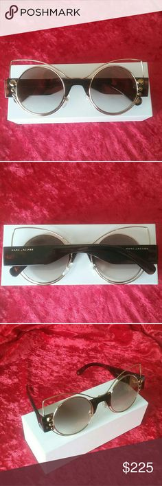Marc Jacobs S/1 Sunglass (new condition) Havana tortoise shell temples and bridge. Open gold wire cat-eye shape with gold tapered rhinestones. Gradient gray-gold flash mirror lenses. Stunning! Marc Jacobs Accessories Glasses