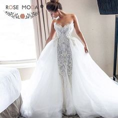 Luxury Strapless Sweetheart Chantilly Lace Mermaid Wedding Dress with Removable Tulle Train
