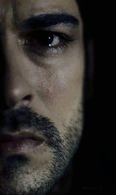 Burak Özçivit, Turkish actor, b. Turkish Men, Turkish Beauty, Turkish Actors, Beautiful Morning, Beautiful Men, Zany Malik, Film Man, Maleficarum, Indian Photoshoot