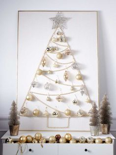 DIY Christmas Wall Decor Ideas for 2019 that spells out the Christmas joy in the most appropriate way - Saudos Christmas Stairs Decorations, Wall Christmas Tree, Best Christmas Lights, Noel Christmas, Modern Christmas, Christmas Crafts, White Christmas, Elegant Christmas, Homemade Christmas Tree
