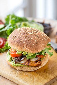 Spicy Guacamole Chicken Burger | thecozyapron.com