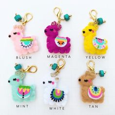 Llama Dangle (choose) craft craft diy craft for kids craft no sew craft to sale Felt Crafts Diy, Felt Diy, Sewing Crafts, Sewing Projects, Ornament Crafts, Felt Ornaments, Crafts For Girls, Diy For Kids, Tilda Toy