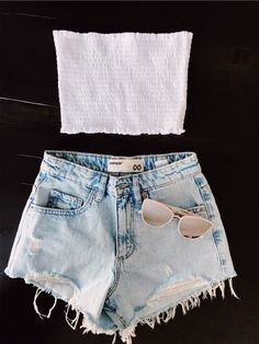 catchy summer outfits ideas to wear everyday « Matchesfashions Cute Lazy Outfits, Teenage Outfits, Trendy Summer Outfits, Teen Fashion Outfits, Simple Outfits, Pretty Outfits, Stylish Outfits, Cool Outfits, Teen Fashion Winter