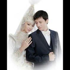 Wedding dress Bride, Wedding Dresses, Fashion, Wedding Bride, Bride Dresses, Moda, Bridal Gowns, Bridal, Fashion Styles