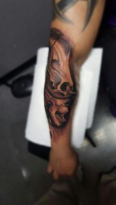 Skull woman tattoo black and grey