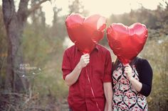 Valentines photo shoot with balloons...I am doing a vday shoot soon! This is a must :)