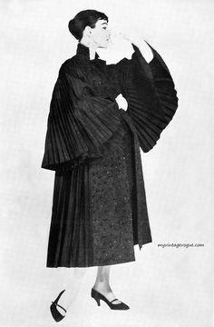 Moda Italiana Spring / Summer 1956  Ivy Nicholson wearing Mingolini - Gugenheim