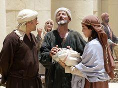 Simeon and Anna thank God for sending Jesus (Luke 2:21-40): Slide 7