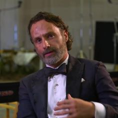 🔥🔥 Video from the EW Cover shoot shortly!  #TWD100 #AndrewLincoln #TheWalkingDead #TWD #twdcast #thewalkingdeadfans #twdfamily #andylincoln