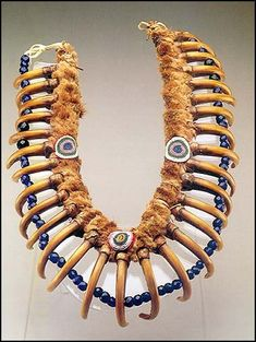✯.. Grizzly Bear Claw Necklace belonging to Iowa Tribe Chief White Cloud. It is the very necklace from the famous portrait of this American Native Chief painted by Famous George Catlin 1844-1845 ..✯