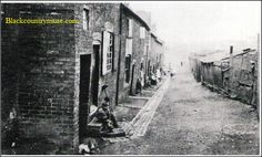 Ruins and Old Buildings. Print Pictures, Old Pictures, Front Door Steps, Look Back In Anger, Walsall, Industrial Architecture, Local History, Family History, Wolverhampton