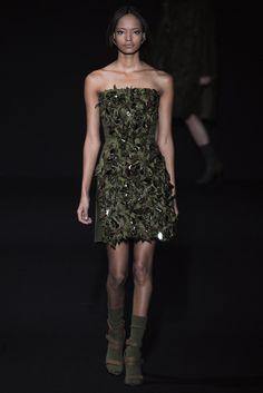 Sfilata Alberta Ferretti Milano - Collezioni Autunno Inverno 2014-15 - Vogue