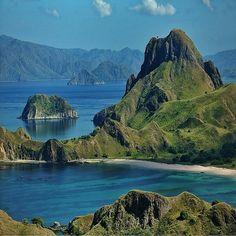 Padar Island. Flores, Indonesia | Photo by imachicnation (IG)