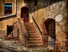 troiano tuscany  Ghost villages of Tuscany, sounds like fun!