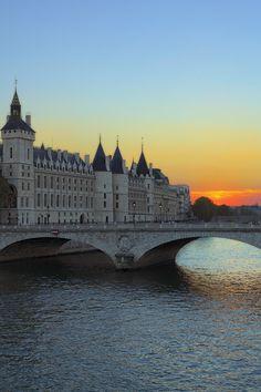 Conciergerie.Paris by faula thierry