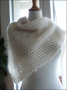 Free Knitting Pattern: Mousseux Shawl by Organdi Bidouille - Very pretty! Shawl Patterns, Knitting Patterns Free, Free Knitting, Free Pattern, Crochet Patterns, Doily Patterns, Knitted Shawls, Crochet Scarves, Crochet Clothes