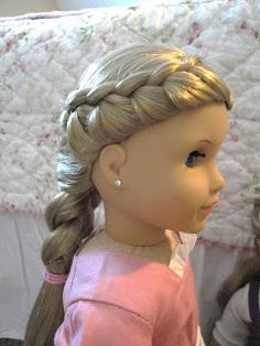 American Girl Doll Chronicles: Beautiful French Braid Hairstyles  Not really a tutorial, just pictures
