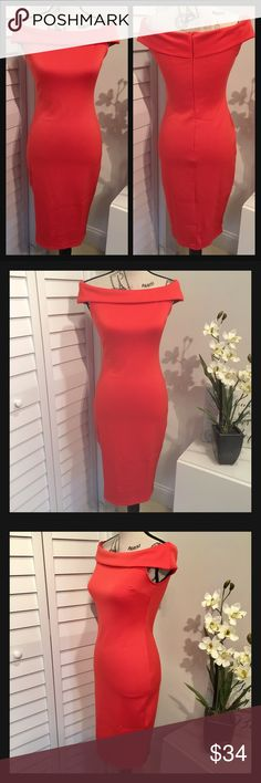NWT Stunning Off The Shoulder Bodycon Midi Dress NWT Stunning Off The Shoulder Bodycon Midi Dress in a Beautiful Reddish Orange Color Dresses Midi