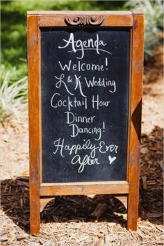 A cute chalk board idea | Florida Mismatched Vintage Wedding | Photo by Sunglow Photography on Wedding Chicks via Lover.ly