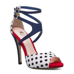 Randi » Super cute polka dot heels.