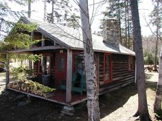 The Birches ResortLodging at The Birches Resort on Moosehead Lake: Rustic Log Cabins