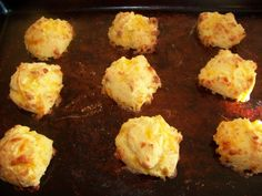 Low carb garlic cheese buiscuts - could probably cut some of the fat by using margarine and 50% fat free cheddar...