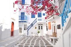 This is Mykonos, a beautiful location in Greece. Many pictures have been posted on facebook, I would love to check this out !