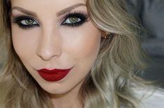 Maquiagem de festa: Olho tudo, boca tudo