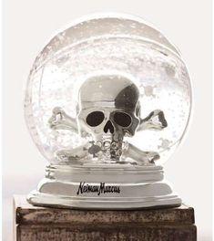 Skull Snow Globe...I want one