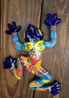 Frog / Wall Frog / Talavera Frog / Handpainted Talavera Frog / Talavera Wall Frog / Rana / Frog Figurines / Garden Frog by MexDecor on Etsy