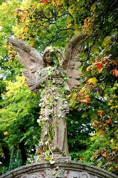 Awesome Angel Statue For Garden The Angelic A Winged Cemetery And Zen Statuary Grave Memorial Uk Funeral Home Site Christma Cemetery Angels, Cemetery Statues, Cemetery Art, Statue Ange, Angeles, Old Cemeteries, Graveyards, Garden Angels, Angel Garden Statues