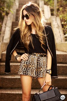 http://fashioncoolture.com.br/2013/08/23/look-du-jour-all-of-me/