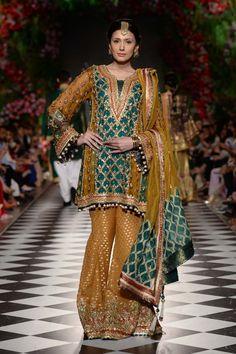 Pakistani Fancy Dresses, Pakistani Party Wear, Pakistani Dress Design, Pakistani Bridal, Pakistani Outfits, Party Dresses, Bridal Dresses, Mayon Dresses, Classy Suits