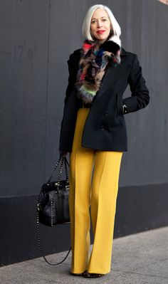 Fashion over 50 -- fashion advice for women 50 fashion articles, fashion advice, New York Fashion Week Street Style, Autumn Street Style, Street Fashion, Over 50 Womens Fashion, Fashion Over 50, Fashion Articles, Fashion Advice, Mode Ab 50, How To Wear Ankle Boots