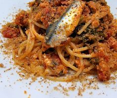 Traditional anchioves' pasta, classical dish you can taste in Palermo city.