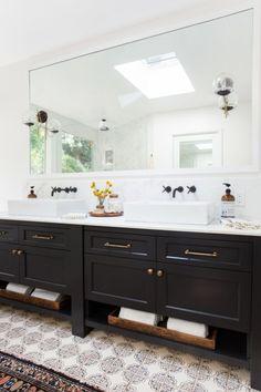 Modern Bathroom with Southwestern Flair & Statement Tile Floors via Amber Interiors // Bathroom Design Ideas, Black Cabinets, Open Shelving Transitional Decor, Luxury Bathroom, Bathroom Redesign, Amber Interiors Bathroom, Small Bathroom, Amber Interiors, Amazing Bathrooms, Bathroom Design, Amazing Bathroom Remodels