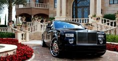 We are known as the best transportation website because of our unique transportation blog and artic: How does the Rolls Royce make your Wedding Day Enticing?  How does the #Rolls_Royce make your Wedding Day Enticing? Head on to go for the prefect #Wedding_Rolls_Royce_hire in order to embellish your wedding day with an incredible entice.