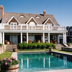 Hamptons House Exterior Design Ideas, Pictures, Remodel, and Decor - page 3
