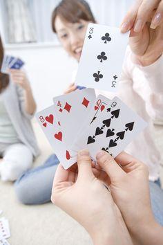 A card game dice games игры Fun Card Games, Card Games For Kids, Playing Card Games, Fun Games, Games To Play, Group Card Games, Dice Games, Activity Games, Math Games
