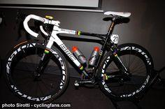 2010_tour_down_under_cadel_evans_world_champion_rainbow_bmc_racing_bike2.jpg 694×460 pixels
