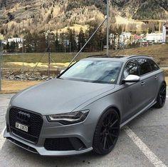 Dit is 1 van de auto's die ik later ga kopen. Audi RS6