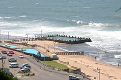 Afbeeldingsresultaat voor the bluff durban south africa Places Around The World, Around The Worlds, Paises Da Africa, Durban South Africa, Kwazulu Natal, Sun City, Live, East Coast, Brighton