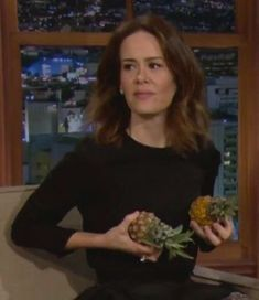 Got nothing to do with AHS, just a cute pic from Sarah Paulson