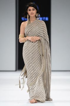 Grey colore designer saree with mirror work and embroidery work Bollywood Style saree party wear Beautiful saree - Excited to share the latest addition to my shop: Grey colore designer saree with mirror work - Bollywood Fashion, Bollywood Saree, Bollywood Actress, Mirror Work Saree, Saree Trends, Stylish Sarees, Trendy Sarees, Saree Look, Casual Saree