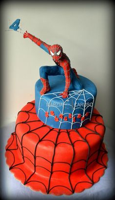 Spiderman Cake Ideas for Little Super Heroes - Novelty Birthday Cakes Spider Man Party, Fête Spider Man, Spider Man Cakes, Spider Webs, Spiderman Birthday Cake, Superhero Cake, 4th Birthday, Spiderman Cake Topper, Birthday Cupcakes