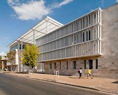 Edificio MOP RancaguaIglesias Prat Arquitectos + Tau 3 Arquitectos - Inspiration for University Campus in Middle East by SI architects