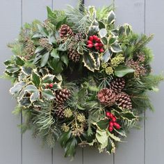 traditional ivy wreaths | traditional wreath this wreath also has a conifer hedge backing