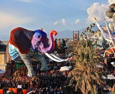 Carnevale is here! Don't miss the parades in Viareggio, just 1 hour away from Florence! The main masked parades will run on February 13 and Bed And Breakfast, Outdoor Activities, Good Day, Florence, Seaside, February 11, Sunday Funday, Family Kids, Tips